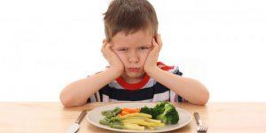 00106-gaspillage-alimentaire-parents-obliger-enfants-finir-assiette